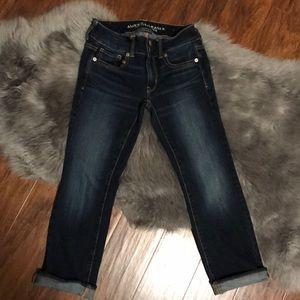 American Eagle Women's Sz 0 Reg Artist Crop Jeans